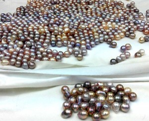 freeform pearls with metallic lustre